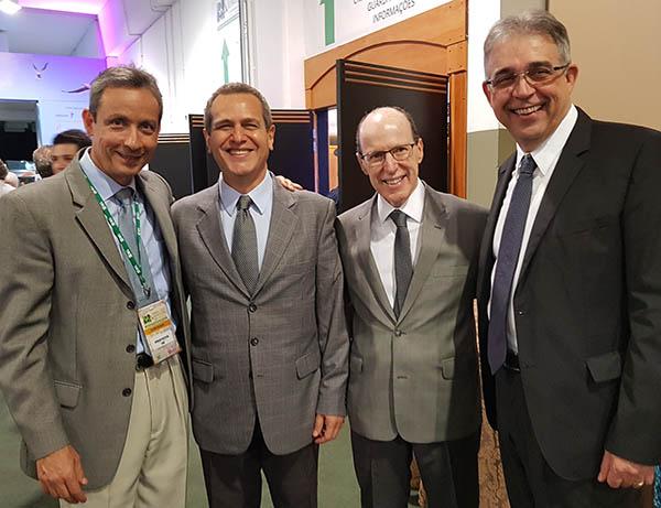 Dr. Geraldo Castelar, Dr. Marco, Dr. José Roberto Provenza e Dr. Georges Basile Christopoulos, no Congresso SBR 2017